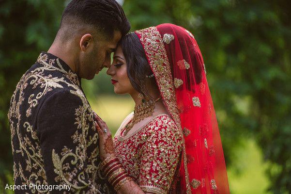 Beautiful Indian Couple Photography Before Wedding Ceremony Maharaniweddings