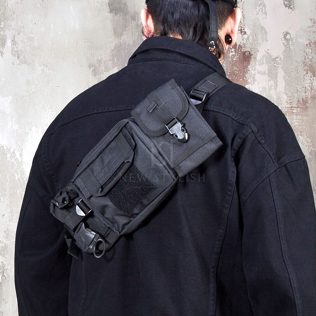 closer at online here outlet store Techwear fashion sling bag - 75 | Techwear in 2019 | Fashion ...