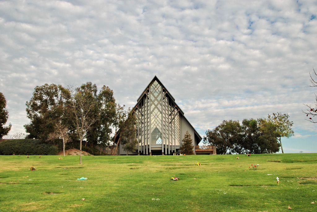 Skyrose Chapel Rose Hills Memorial Park Whittier Ca Google Search Memorial Park Rose Hill Scenery