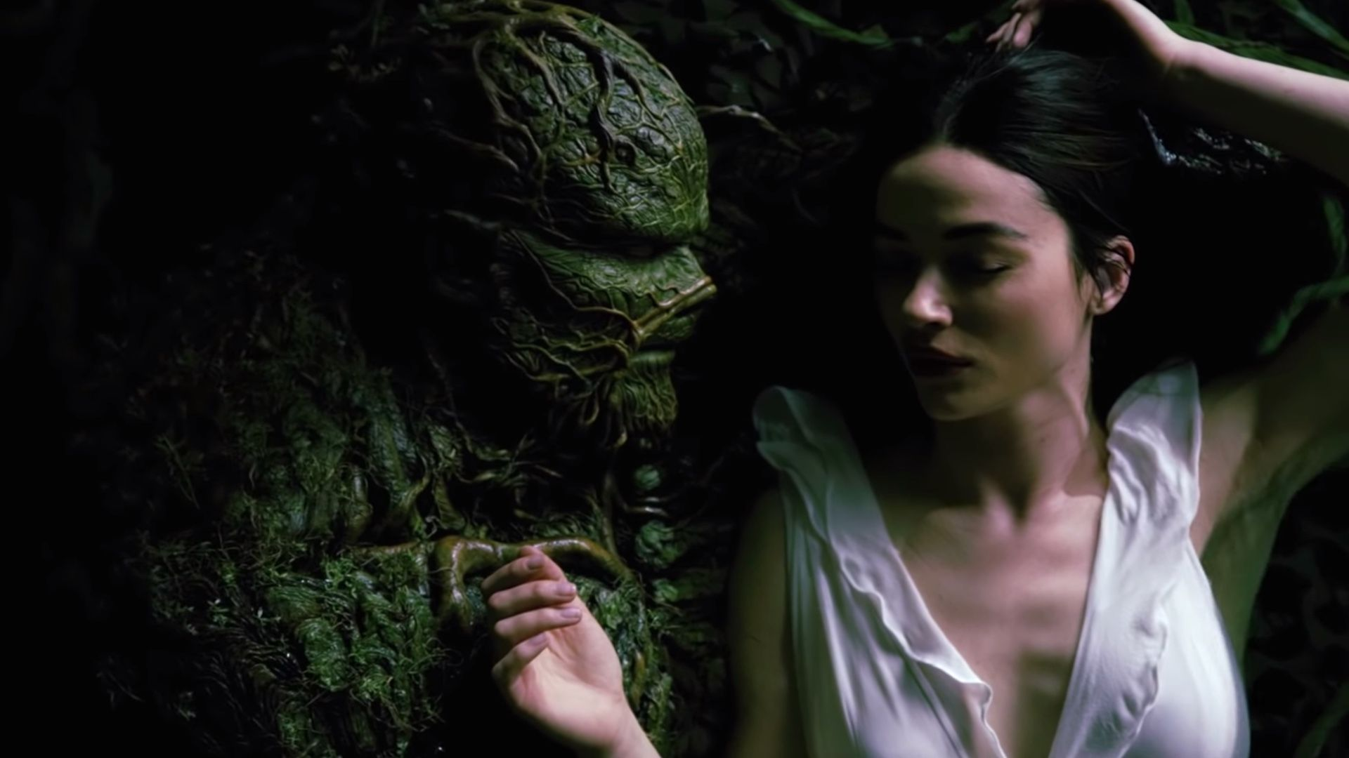 DC's SWAMP THING Series Gets a Romantic New Promo Spot - Swamp Thing Water Embrace — GeekTyrant #swampthing