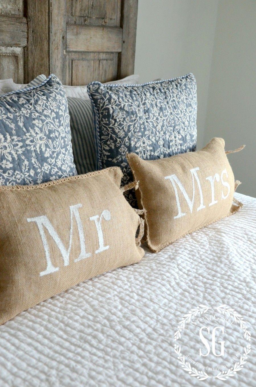 NO SEW MR AND MRS BURLAP PILLOWS & NO SEW MR AND MRS BURLAP PILLOWS | Burlap pillows and Burlap pillowsntoast.com