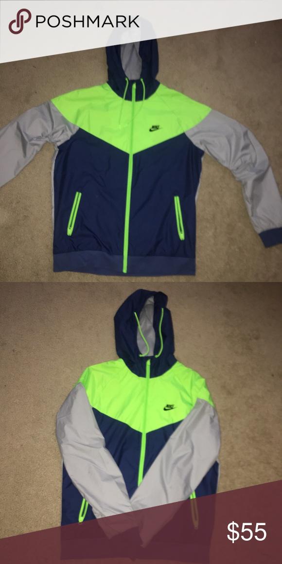 1b0b8dc3540a Nike Windbreaker Lime green