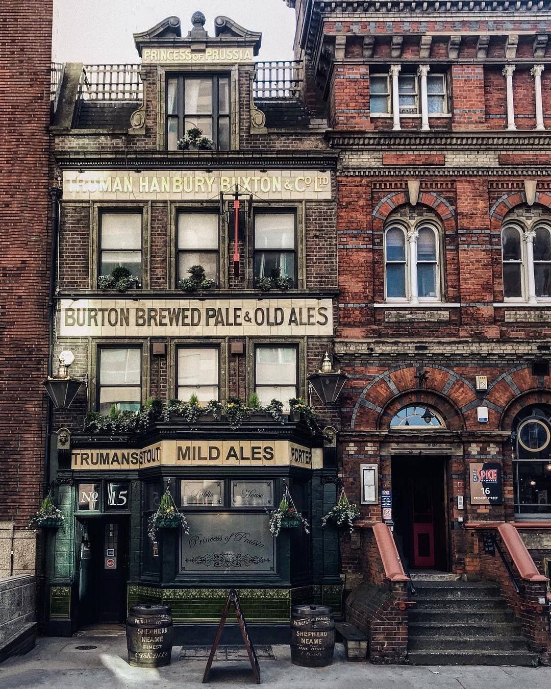 A Throwback To Victorian London In The Heart Of Whitechapel The Princess Of Prussia Pub Is A Proper East End Gem London Buildings London Pubs London Photos