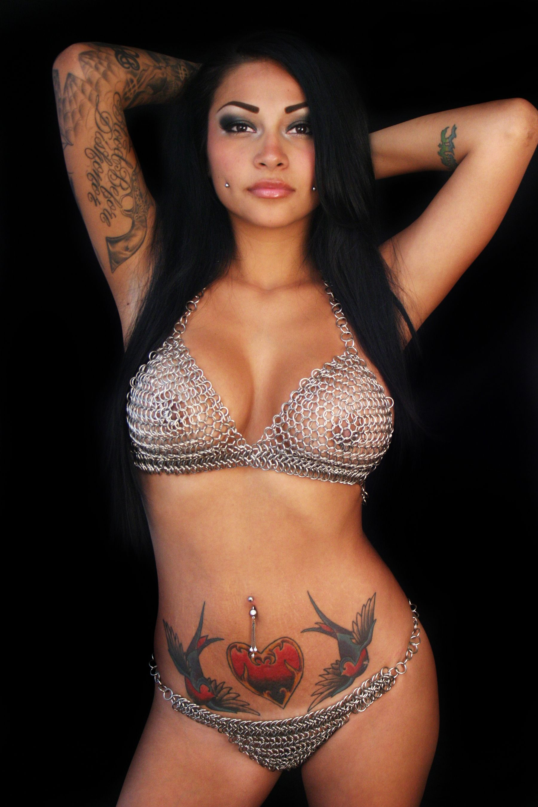 rock nude Brittanya of love