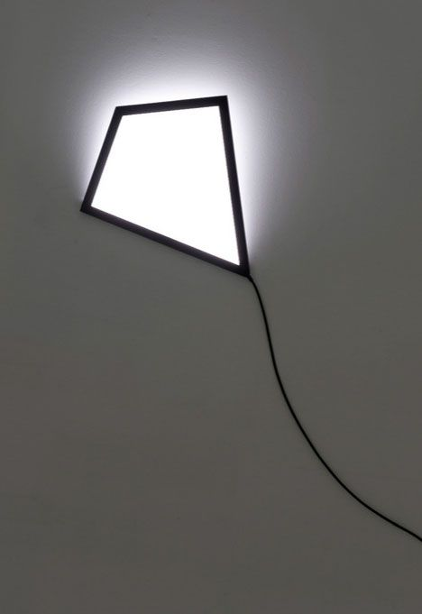 Kite-Wall-Mounted-Lamp