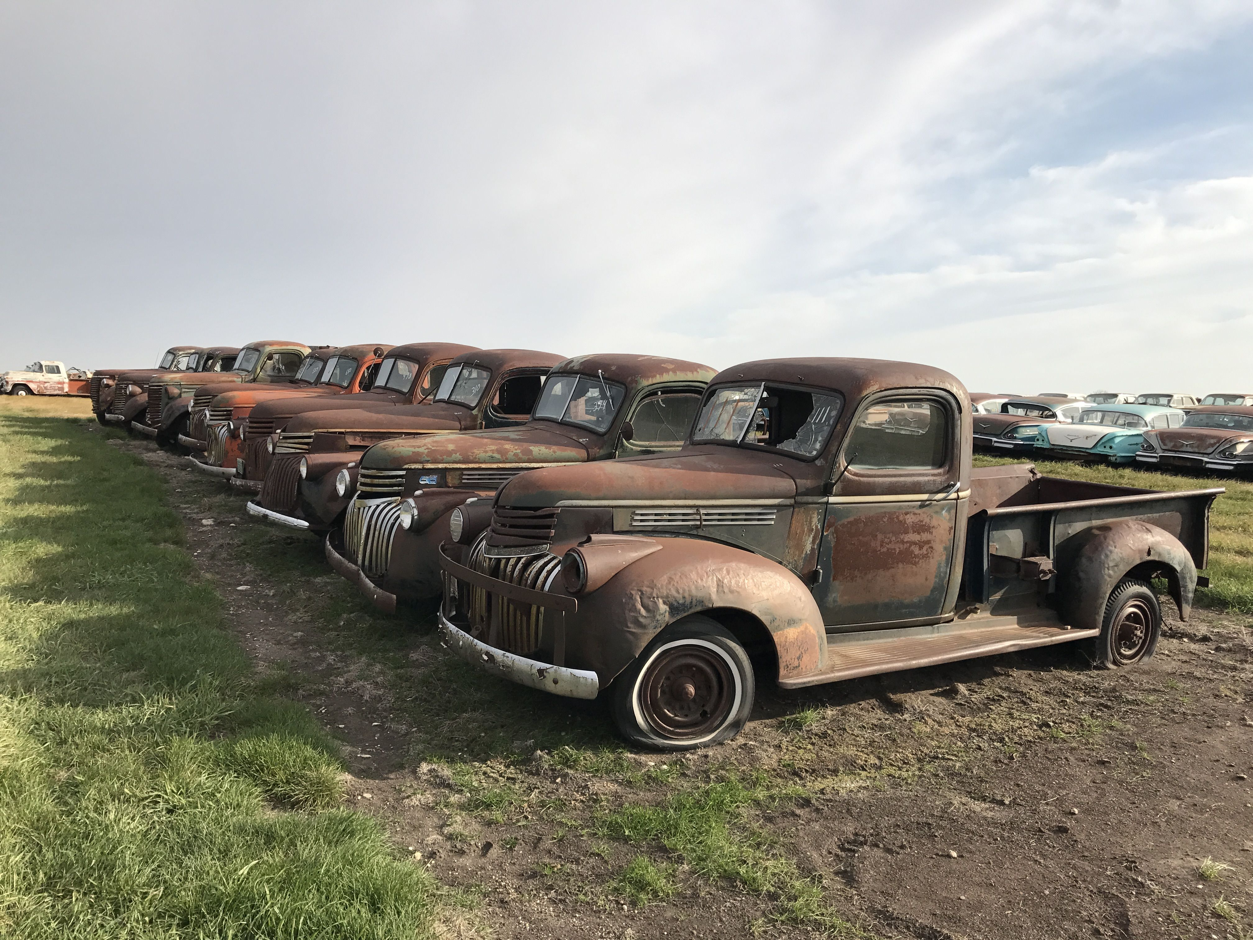 Pin By V Sch On Chevy Pickup Junkyard Cars Old Trucks