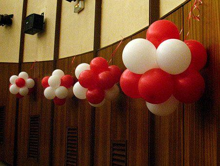 Decora con topiarios - de blog.fiestafacil.com / Decorate with balloon topiaries - from blog.fiestafacil.com