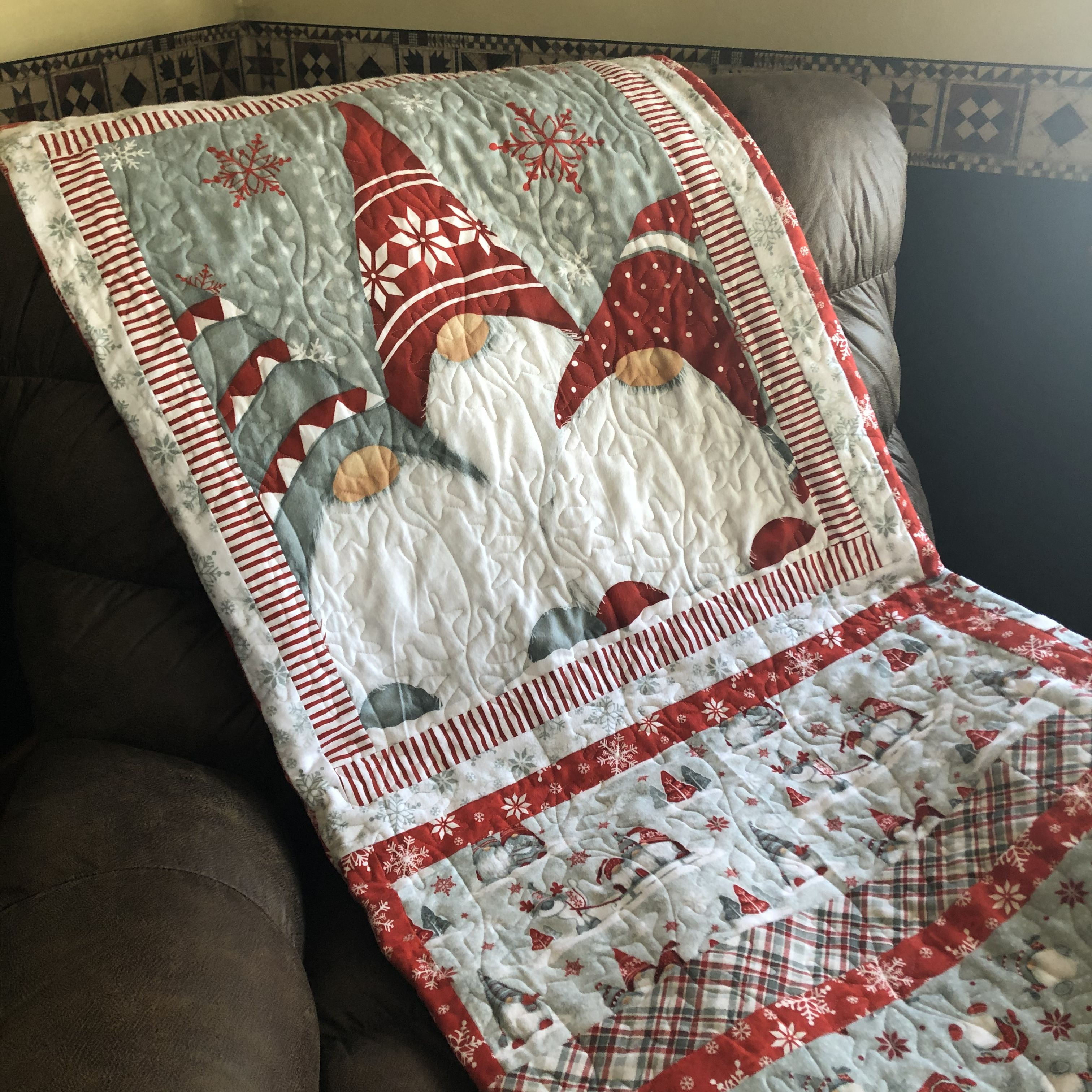 Winter Whimsy Gnome flannel quilt Flannel quilts, Quilts