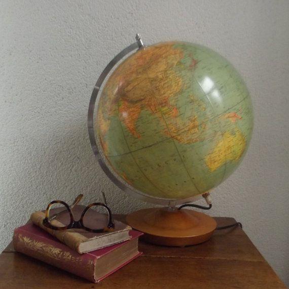 vintage verlichte grote globe wereldbol door ProfessorVintage ...