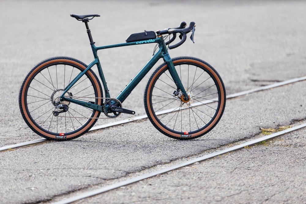 The 2020 Cervelo Aspero Disc Grx 1 Comes With A 27 5 Wheel Option 5th Wheels Gravel Bike Wheel