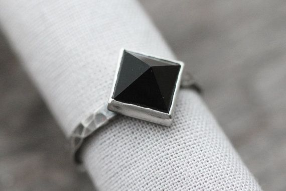 AAA dark black onyx pyramid gemstone ring. by moonspinnershop