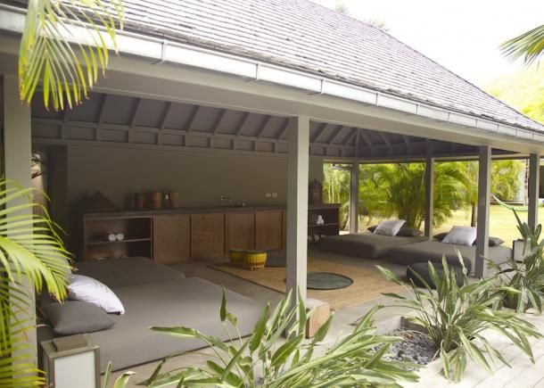 Location vacances villa Sainte-Anne vue du0027ensemble de lu0027intérieur
