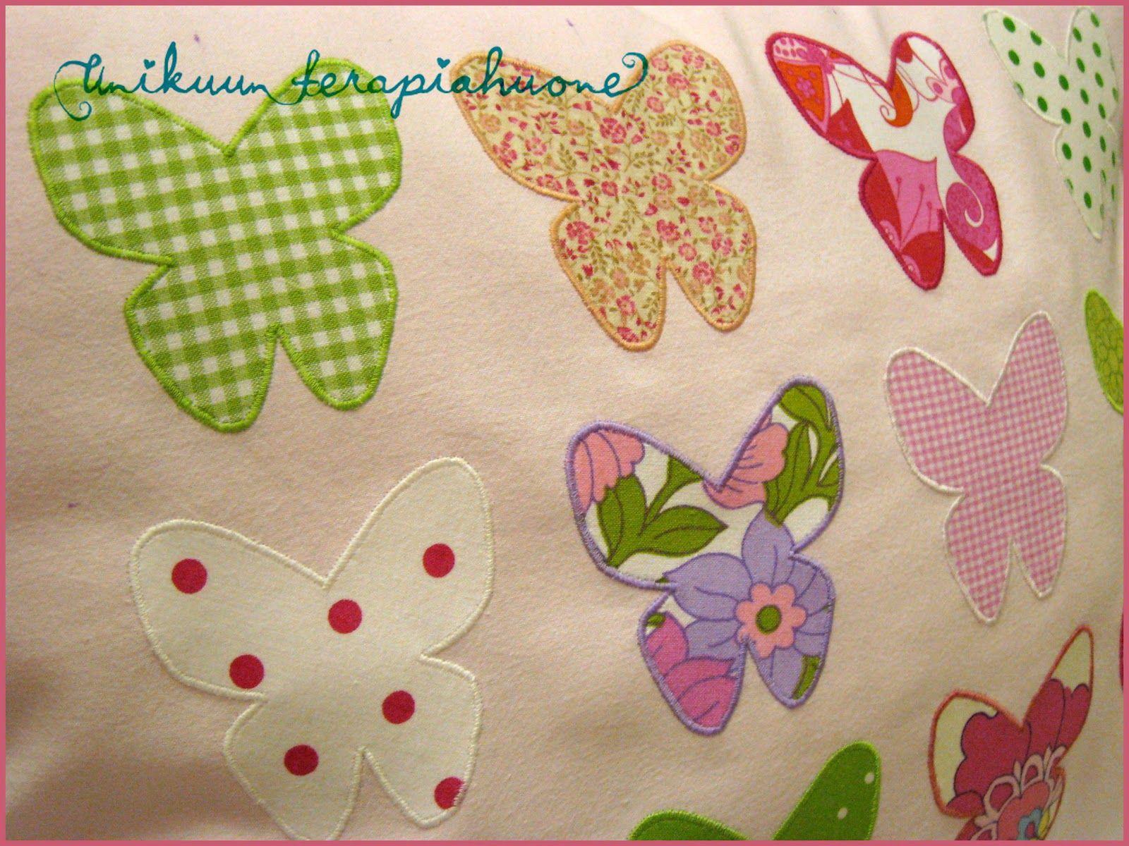 Unikuun terapiahuone: * Perhosia tyynyllä