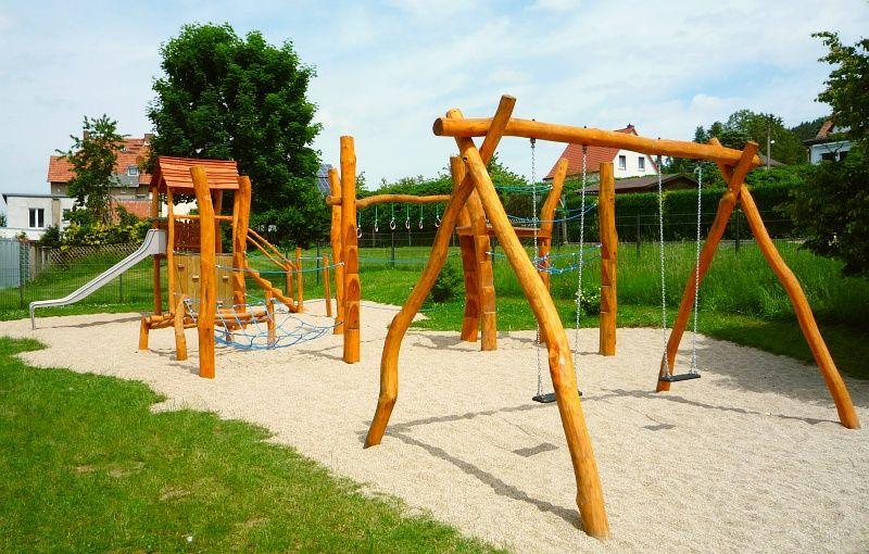 Klettergerüst Mit Seilen : Kletterparadis für zwerge gartenträume pinterest spielgeräte