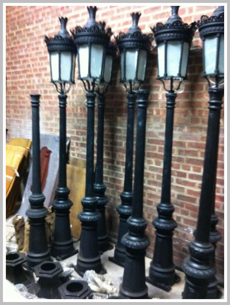 57 Reference Of Lamps Old Old Street Lamps In 2020 Street Lamp Victorian Street Victorian Lamps