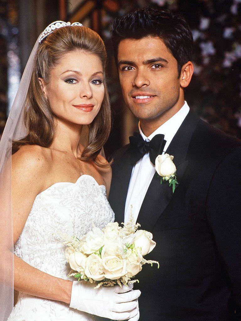 Kelly Ripa And Mark Consuelos Married In 1996