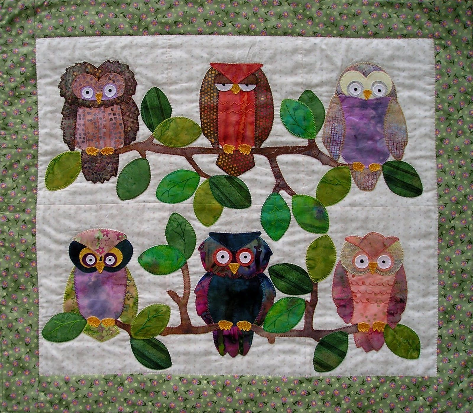 Owl quilt I SOOO want to do this one!! Mom used to love owls! | me ... : owl quilts patterns - Adamdwight.com