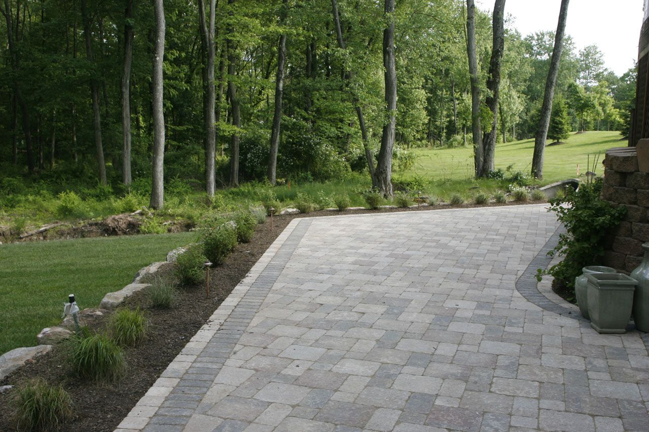 Pool patio with pavers pavers paving material for Pinterest patio pavers