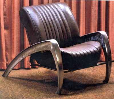 Streamlined Retro Leather Car Seat