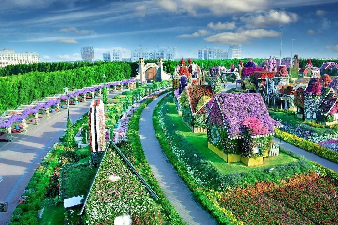 This Rainbow Garden in Dubai Looks UNREAL — but You Can