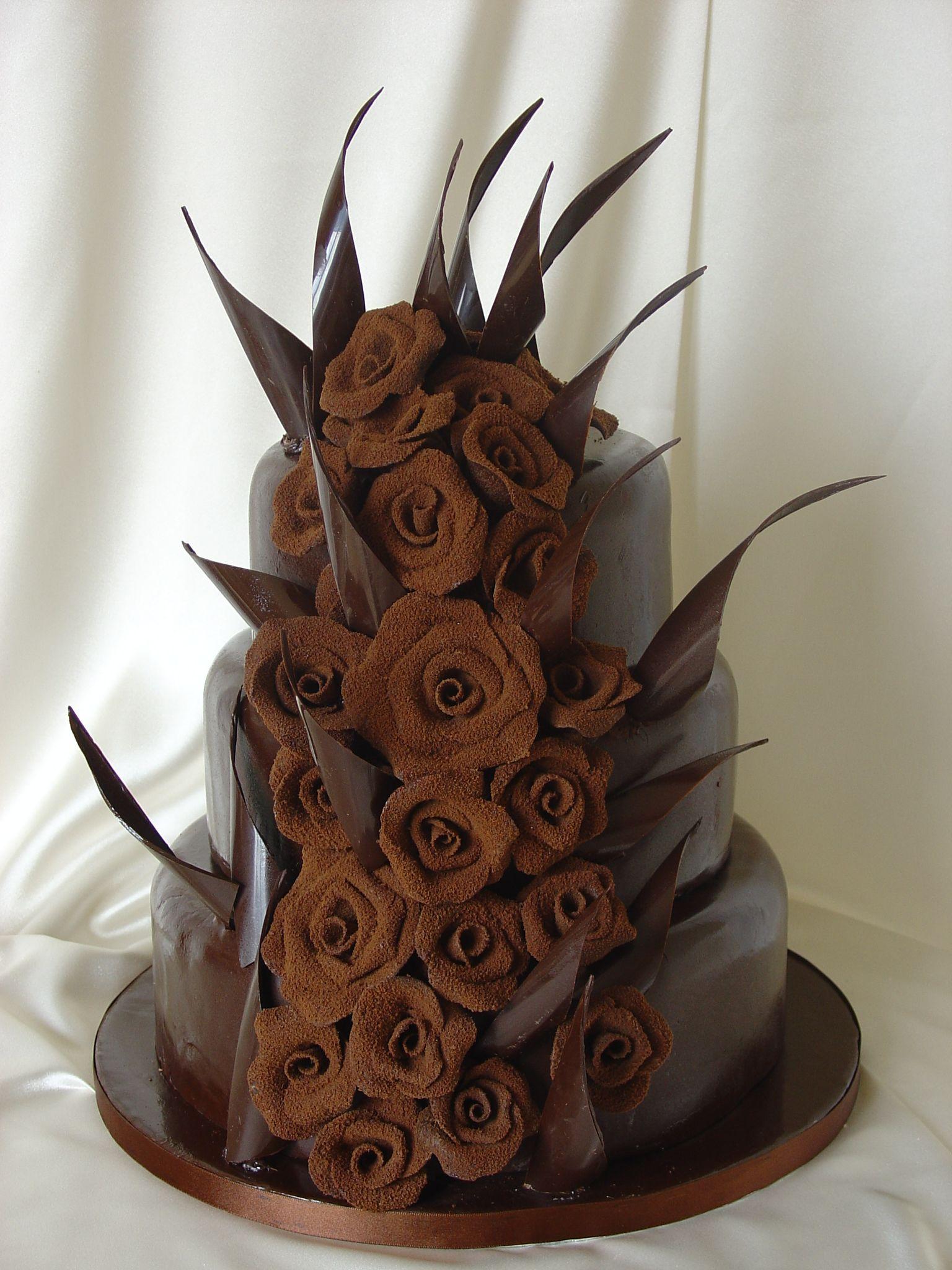 Risultati immagini per cake design birthday Chocolate chips