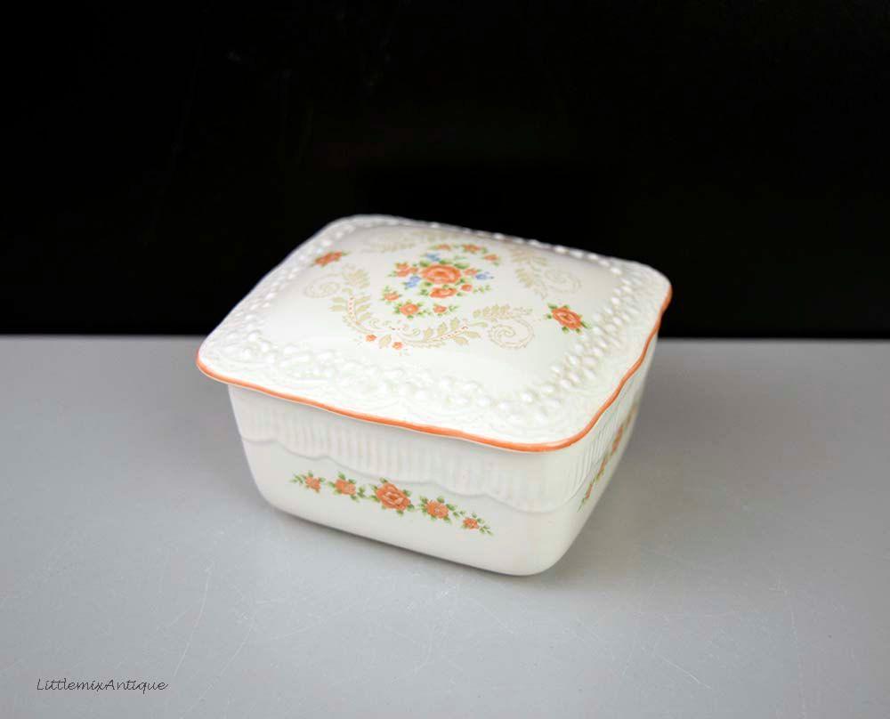 Vintage Small Porcelain Floral Decor Lidded Trinket Box Retro Jewelry Storage Box & Vintage Small Porcelain Floral Decor Lidded Trinket Box Retro ...