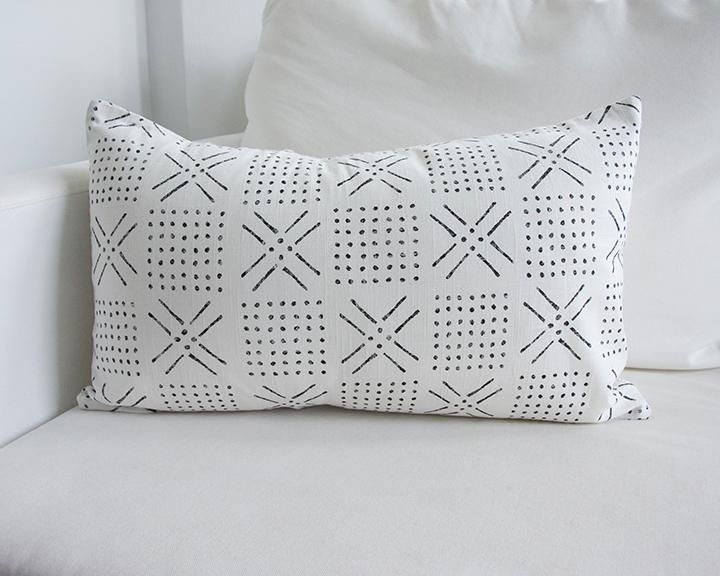 Printed Mud cloth - Black + White Lumbar Pillow - 14x22 - Pillow Insert Included