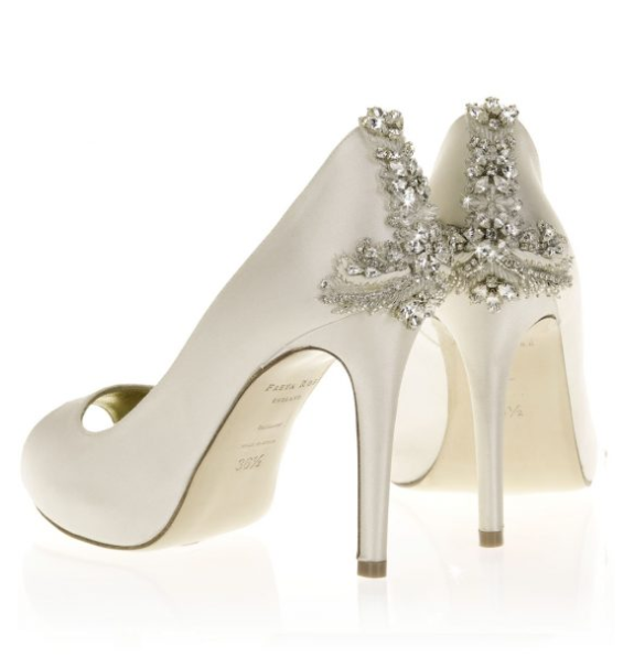 1e159bd52 Summer Shoe Sale Up to 50% off designer shoes and sandals. Great for the  wedding day and honeymoon.