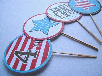 use these 4th of july printables into cupcake toppers or buttons