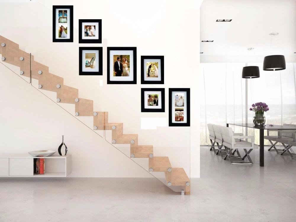 Como Decorar Tus Paredes Con Fotografias Fotografias En Pared Decoracion De Pared De Escalera Decoracion De Pared