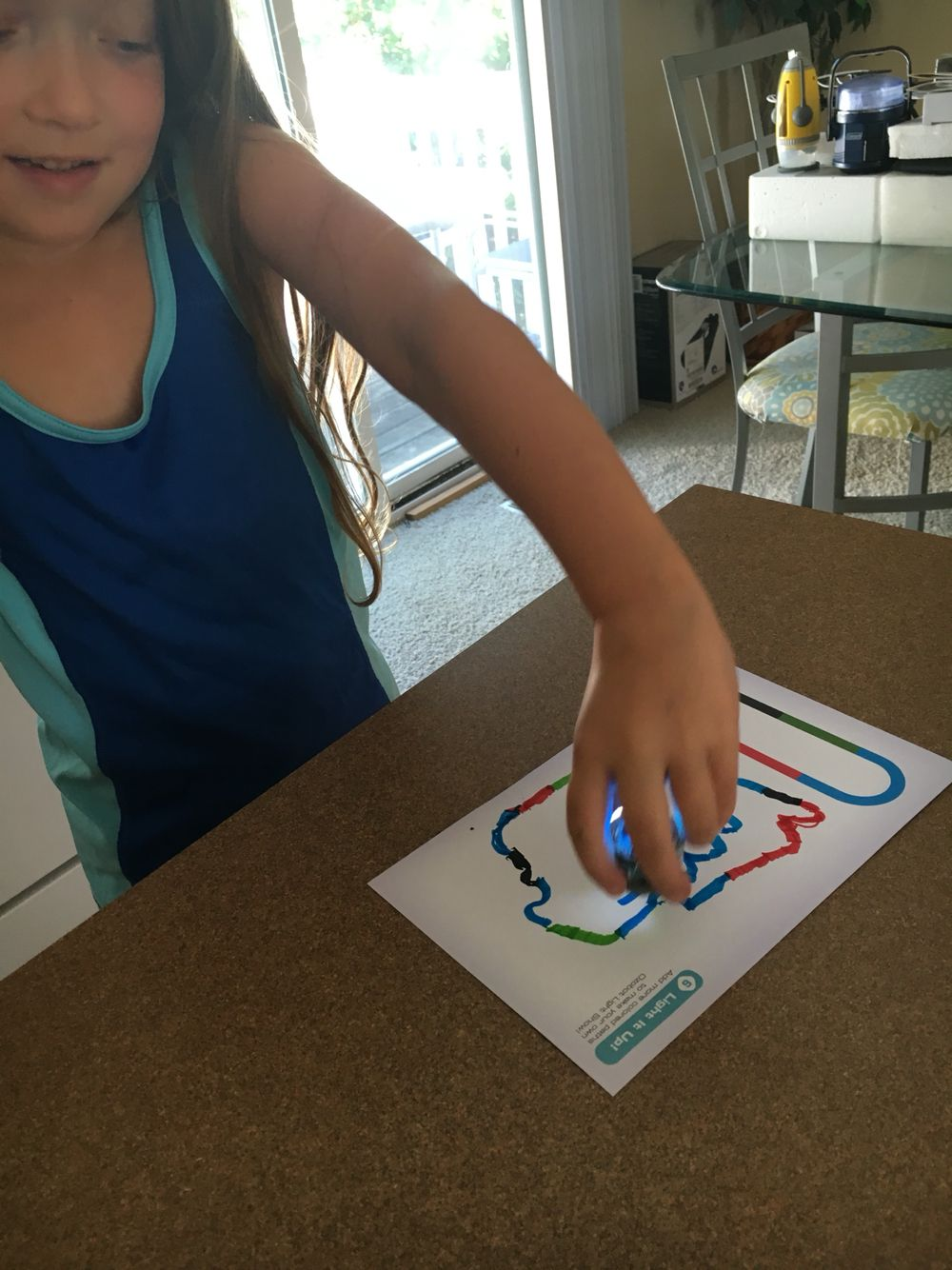 Ana made up her own color scheme. It may not have been perfect but Ozobot seemed to figure it out.  #Tryazon #Ozobot