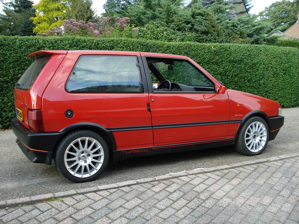hight resolution of fiat uno turbo