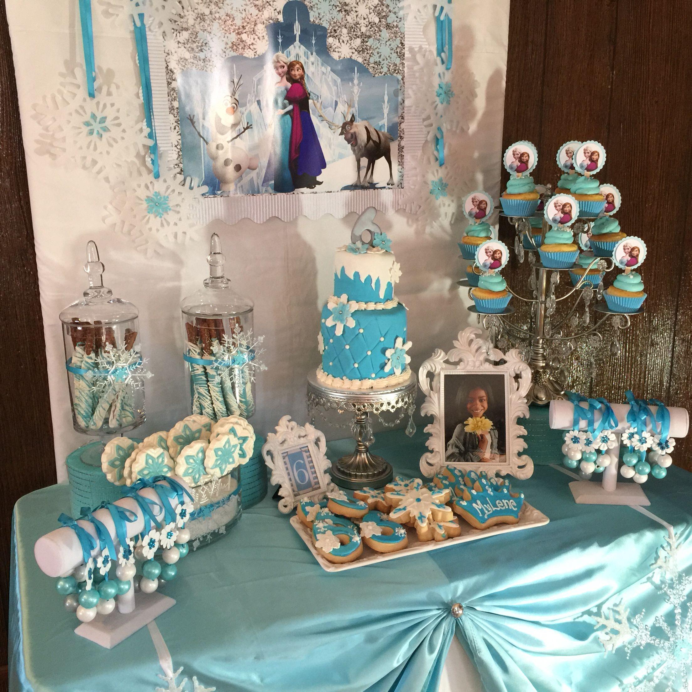 Frozen Cake Table #cake #frozen #livaysweetshop | Frozen ...