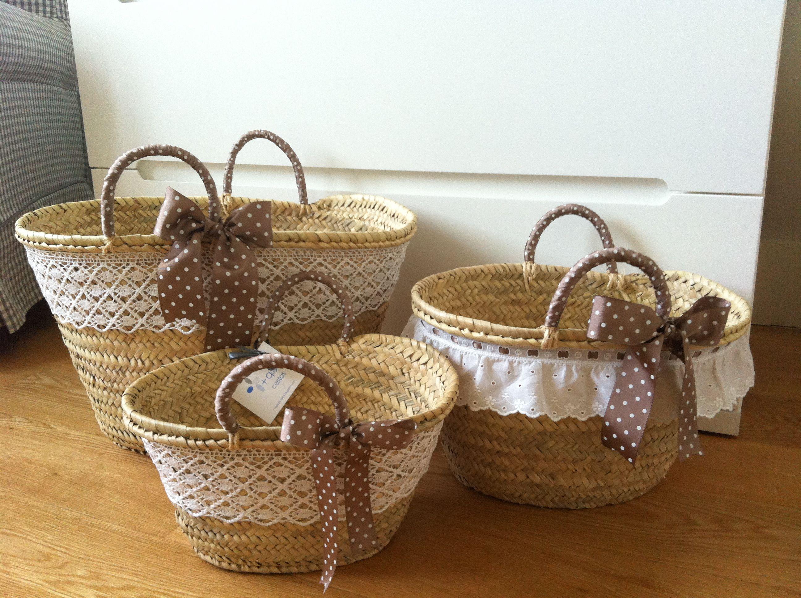 Resultado de imagen de cestos rafia para guardar cojines