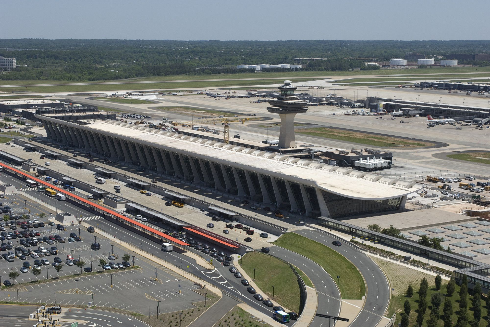 7eb2946349cd75bc99e1a37a92f243b7 - How To Get From Washington Dulles To Downtown Dc
