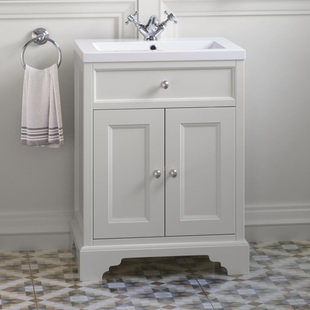 Traditional Cream Bathroom Vanity Unit With Sink 600mm Soak