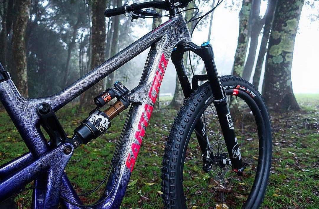 Santa Cruz Bicycles Australia On Instagram We Re Still Frothing Over Rhiannanjade S Custom Paint Job On Her Hightow Custom Paint Jobs Paint Job Custom Paint