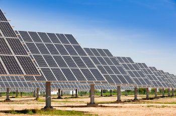 13 Fundamental Advantages And Disadvantages Of Solar Energy Solar Farm Solar Solar Energy