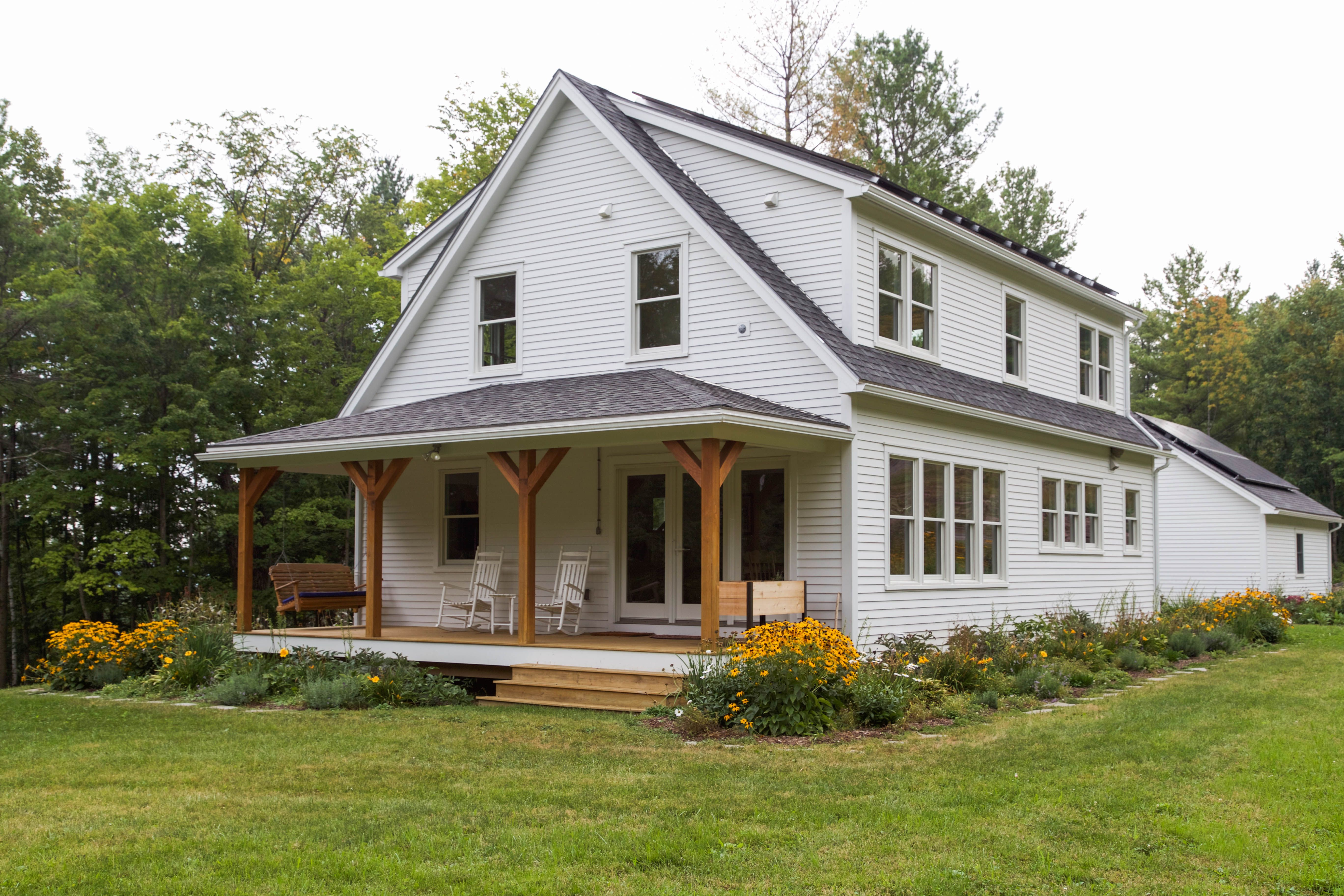 photo gallery huntington homes i like the gable end porch here