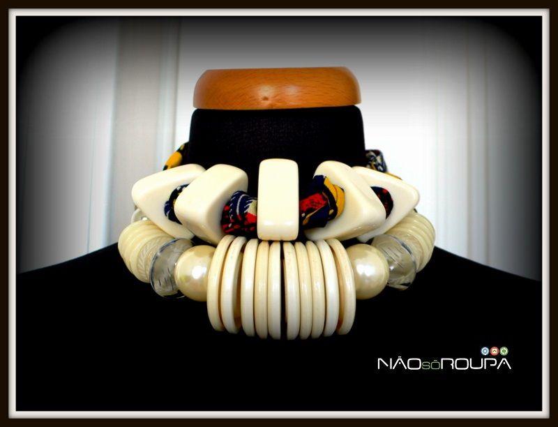 Botões, pérolas e capulana NãoSóRoupa  Design by Patrícia Domingues