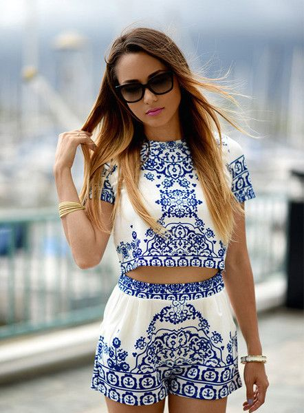 1a9d9f6a50b4be Blue White Short Sleeve Floral Crop Top With Shorts Suits in 2019 ...