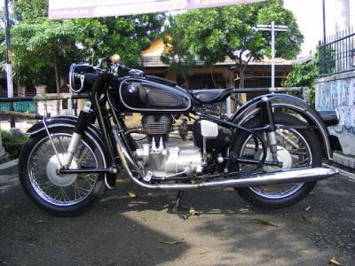 vintage bmw motorcycle 1966 bmw r27 classic beemer for sale cars motorcycles pinterest. Black Bedroom Furniture Sets. Home Design Ideas
