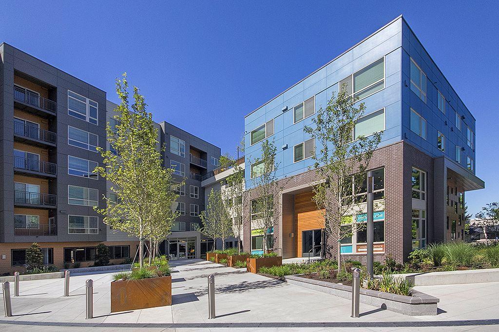 Liv Apartments In Bellevue Redmond Liv Dog Friendly Apartments Bellevue Apartment