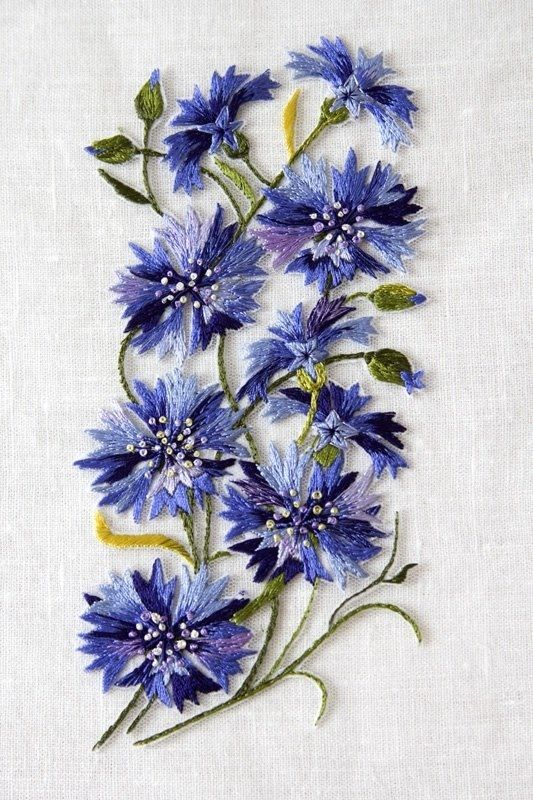 Cornflowers from beads, wildflowers with their own hands (video)