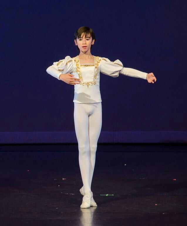 1a1dfd12c0c6 Pin by Thomas Edward on Boys in Ballet in 2019