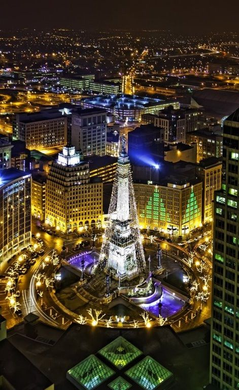 Monument Circle Decorated For Christmas Indianapolis Indiana Indianapolis Indianapolis Indiana Indiana
