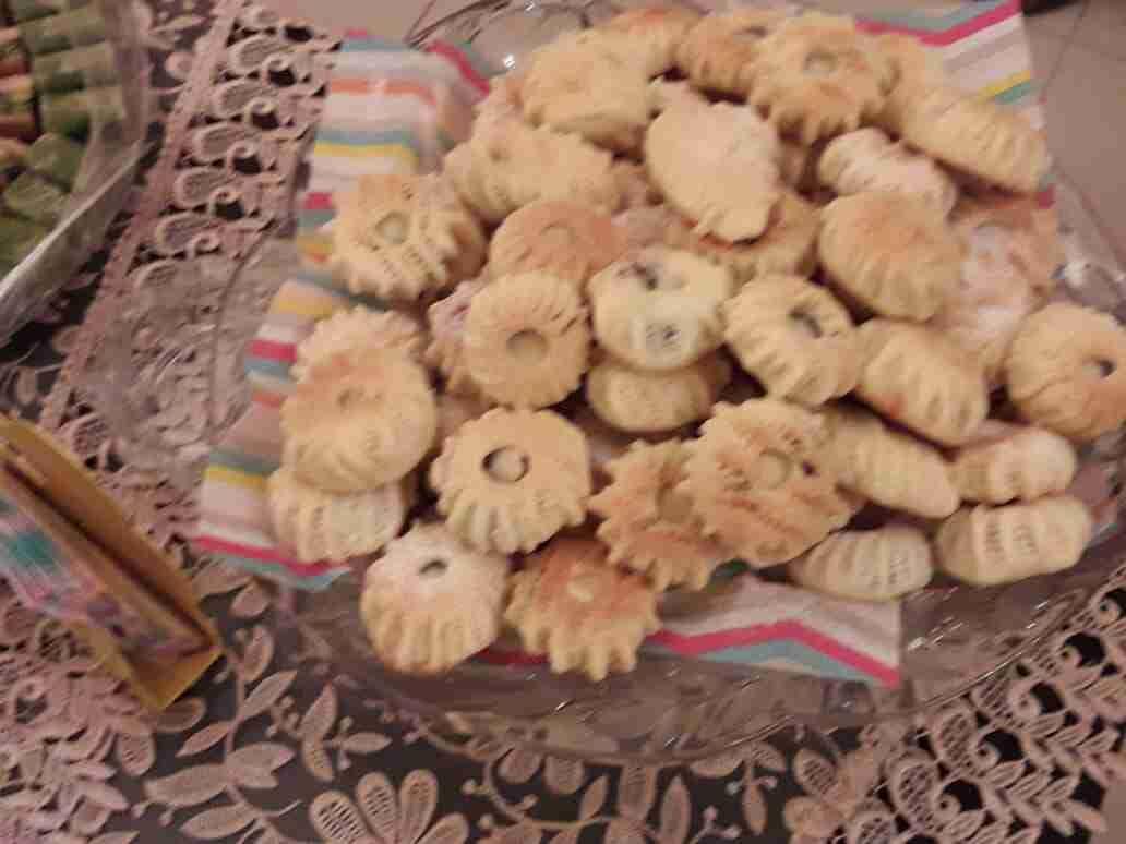 كعك ومعمول بالسميد ملكة الحلويات الشرقية زاكي Desserts Food Yummy