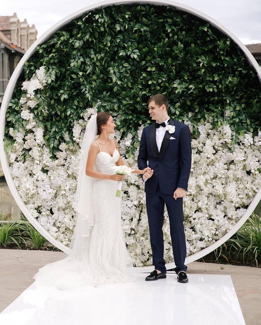 30 Unique And Breathtaking Wedding Backdrop Ideas: We Know Our Brides Like To Wow Their Guests 🙌🙌 Stand Out