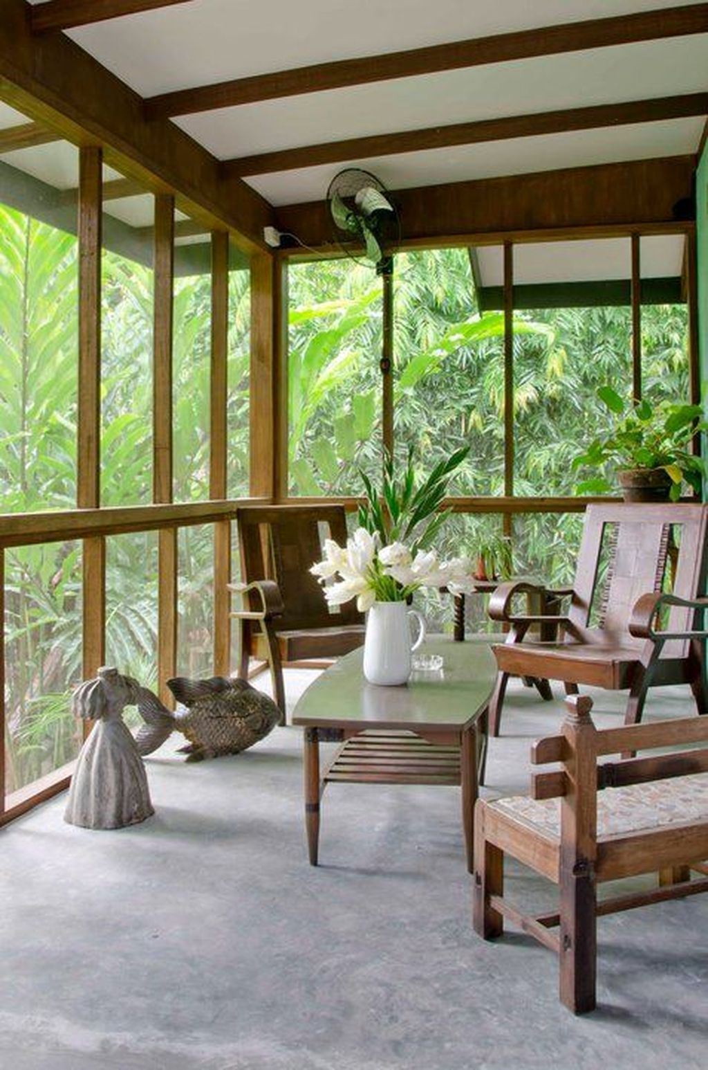 36 Gorgeous Modern Sunroom Design Ideas To Relax In The Summer Sweetyhomee Filipino Interior Design Modern Filipino House Home Interior Design