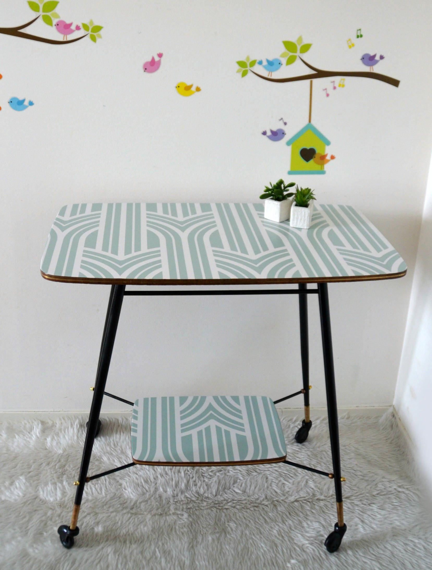 Table Tv Vintage Table D Appoint En Bois Et M Tal Dessus Motif  # Meuble Tv Style Scandinave